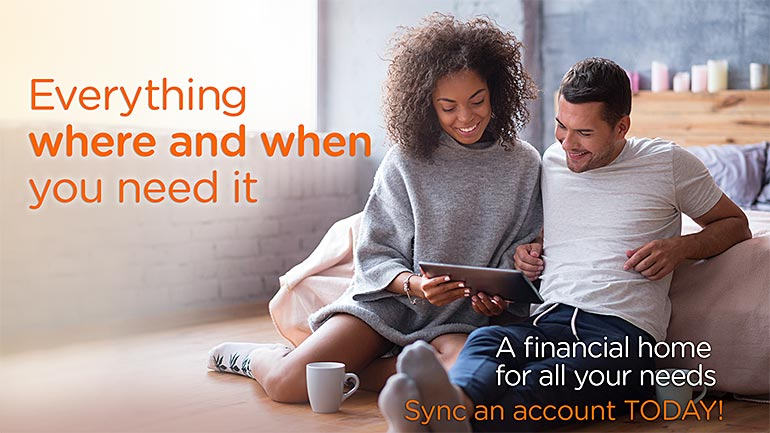 Couple syncing their accounts with Money Tracker